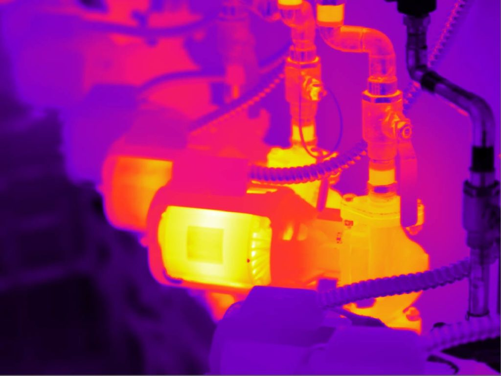FLIR T1020/36mm (28°HFOV), Low Contrast False Color Palette.