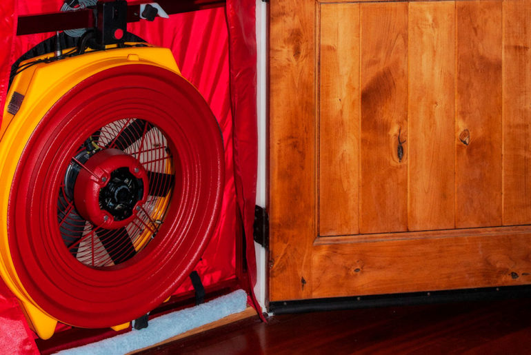Blower Door for Thermography